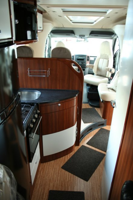 фото Mercedes-Benz Sprinter Adria Polaris SL