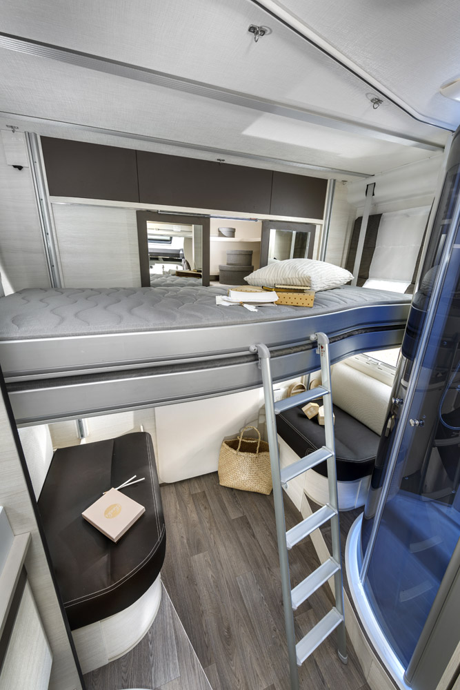 Chausson 716 Flash