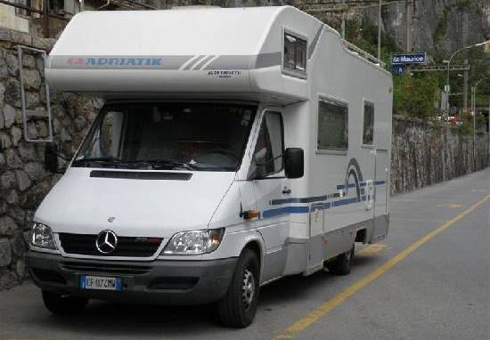 Автодом Adria Sport A660DP. Обзор 1